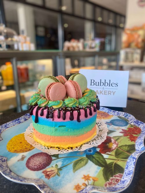 regenboog kleurrijke taart bestellen utrecht Bilthoven