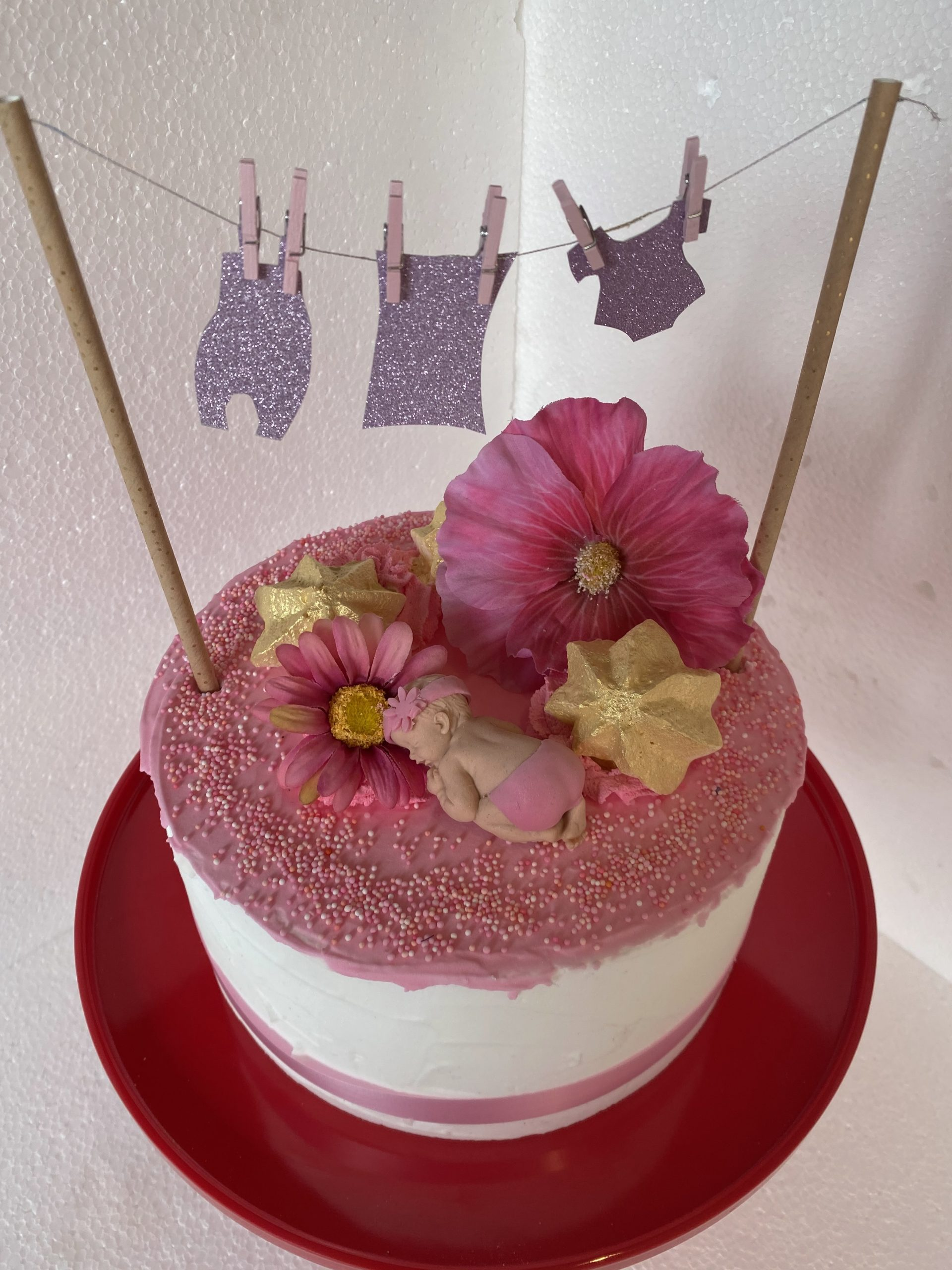 babyshower en gender reveal taart